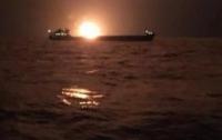 В Керченском проливе горят корабли (видео)
