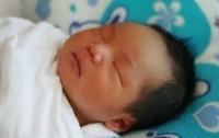 64-летняя женщина родила абсолютно здорового ребенка в Китае