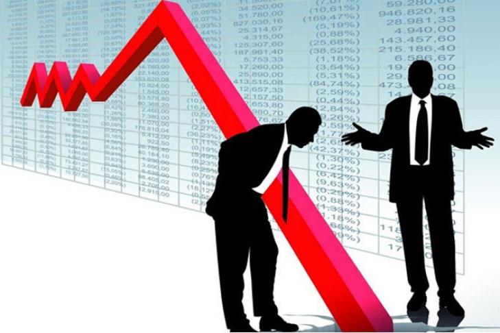 Падение промышленности не только продолжилось пятый месяц, но еще и ускорилось