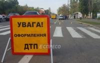 Возле пешеходного перехода в Киеве насмерть сбили пенсионерку