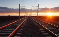 Под Одессой пенсионер на авто попал под поезд