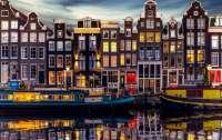 В Амстердаме поняли, что туристы не едут к ним за достопримечательностями и решились на радикальные меры