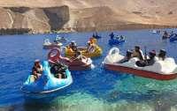Талибы приобщаются к развлечениям в национальном парке Афганистана (фото)