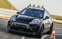 Porsche вивела свій електричний Macan на дорогу після віртуальних тестів