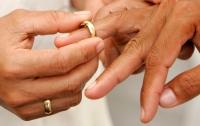 Оптимальный возраст для вступления в брак установили ученые