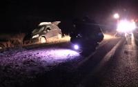 На Житомирщине неизвестные обстреляли автомобиль