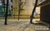 Молодого мужчину подстрелили в спальном районе Киева