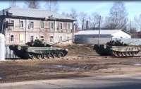 У границы Украины засекли огромный лагерь российских войск