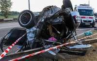 Жуткое ДТП в Днепре: погиб двухлетний ребенок, еще 6 человек госпитализированы