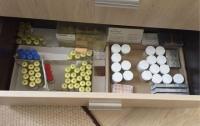 Злоумышленники продавали в Киеве поддельные лекарства и стероиды