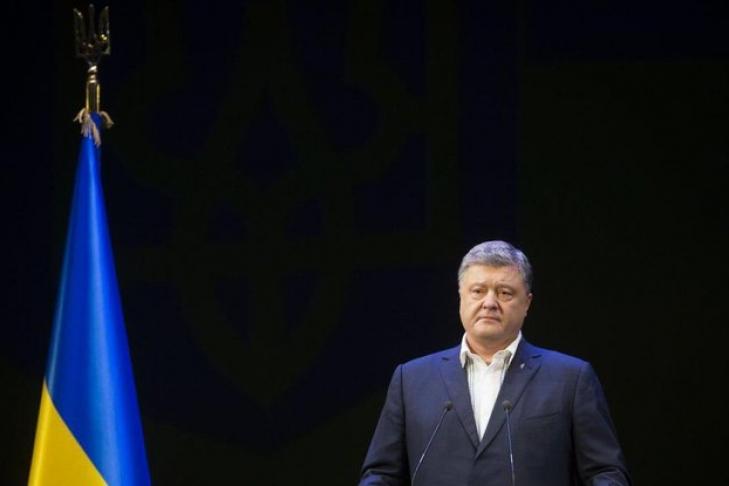 Пенс уверил  Порошенко всодействии США поосвобождению украинских заложников