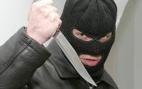 В Харькове грабитель с ножом напал на ребенка в лифте