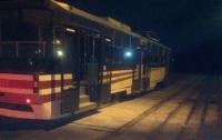 В Киеве загорелся трамвай во время движения