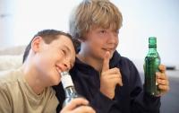 На Полтавщине подростки отравились алкоголем