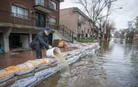 Тысячи жителей Канады покинули дома из-за наводнений