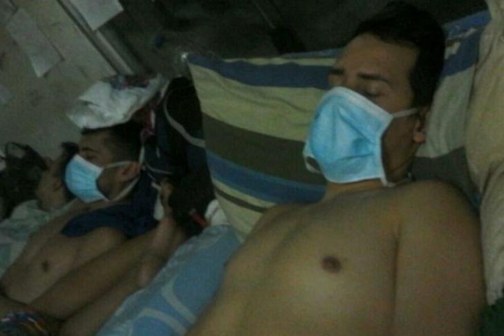 Венесуэльские полицейские зашили себе рты