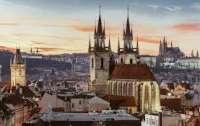 Чешские СМИ обнародовали имя российского дипломата, который мог привезти яд для мэра Праги
