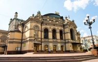 Накануне новогодних праздников в рамках проекта «Украинские оперные звезды в мире» Национальная опера Украины дарит своим поклонникам встречу со звездами мировой оперной сцены.