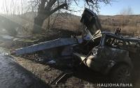 ДТП на Львовщине: два человека погибли в авто, протаранивши недействующий погранпост