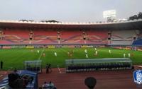 КНДР и Южная Корея провели футбольный матч на пустом стадионе