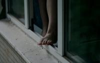 В Харькове женщина выбросилась с балкона