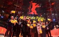 На Berlinale прошел флешмоб с призывом освободить Олега Сенцова (видео)
