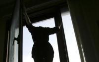 На Днепропетровщине женщина выпрыгнула из окна