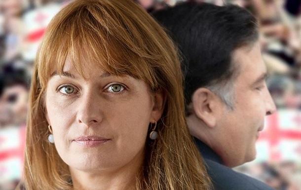 Напали на жену бывшего президента