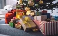 Список новогодних подарков маленькой девочки удивил ее отца