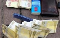 Осторожно, мошенники: В Киеве продавали фальшивую валюту