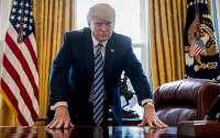 Трамп заблокировал оказание быстрой помощи Украине