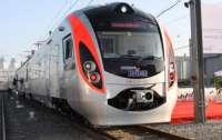 Українці частіше стали їздити до Європи потягами