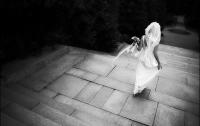 В Австрии будущая невеста застряла в окне при попытке сбежать на свидание