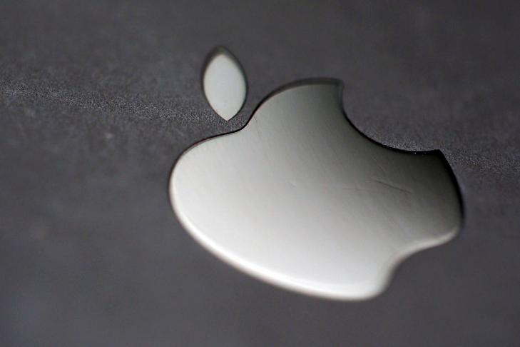 Apple уменьшила долю рынка телефонов вIII квартале