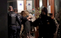 В Барселоне взяли в заложники жену консула Мали