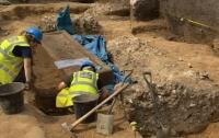 В Лондоне на стройке обнаружили древнеримский саркофаг