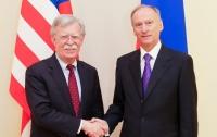 Болтон и Патрушев уединившись обсудили ситуацию в Украине
