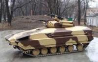 В украинской армии офицеры разбирают на продажу БМП