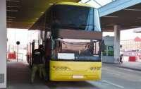 В Польшу не пустили целый автобус из-за больного коронавирусом