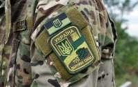 На Донбассе ранен украинский солдат