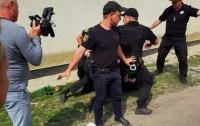 Одессит, представившись помощником депутата, устроил стрельбу
