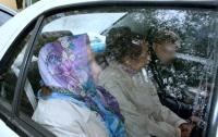 В Кременчуге накрыли банду бабушек с айфономаниею