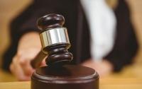 Иностранец вспорол себе живот в Киево-Святошинском суде