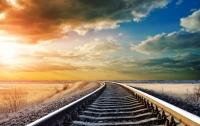 В Харьковской области под поездом погиб парень