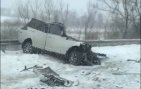 На Волыни в ДТП раздавило автомобиль, есть погибшие