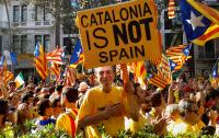 Каталония готовится к новым протестам после столкновений с полицией