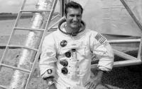 В США умер один из 24 человек, долетевших до Луны