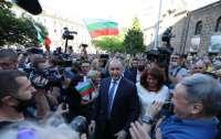 Президент принял участие в протестах против правительства