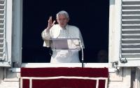 «Уходящий» Папа собирает толпы паломников