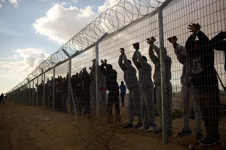 Израиль планирует депортировать 40 тыс. африканских беженцев